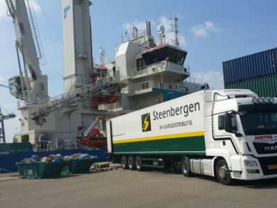 Steenbergen Rotterdamse Haven Vervoer